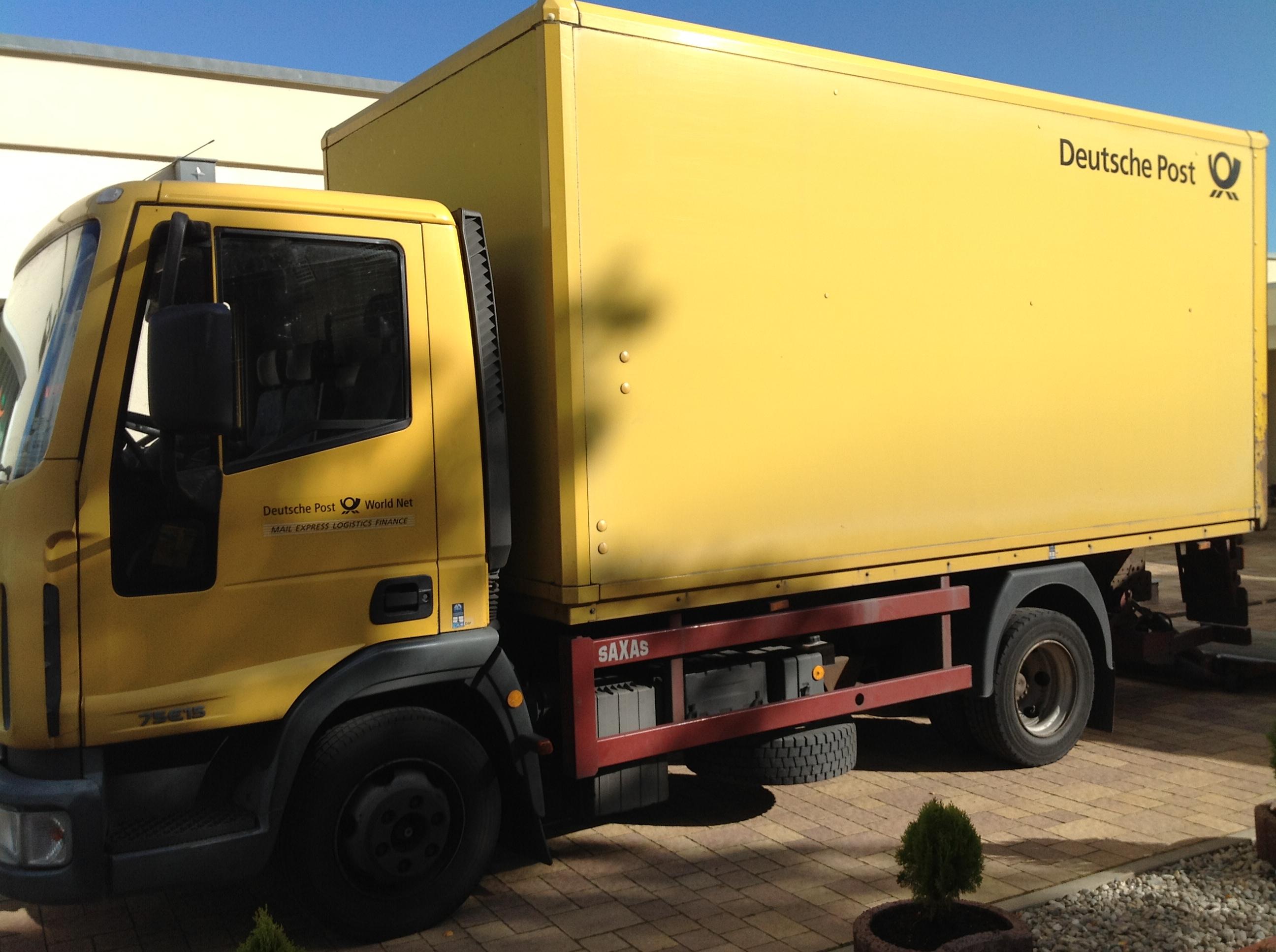 Pharmasports es kommen jetzt wieder die gelben DHL LKWs