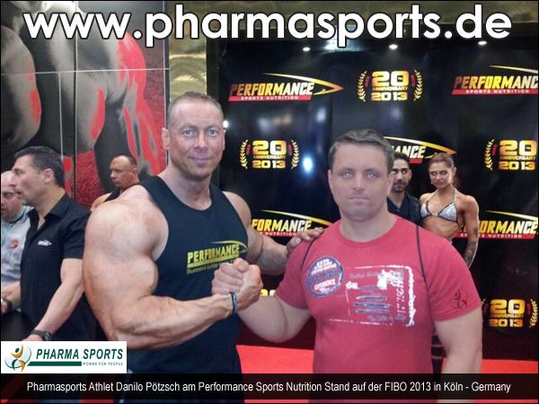 Pharmasports-Kraftathleten auf der FIBO 2013 in Köln
